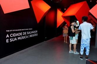 Visitamtes no Museu Cidade da Música_Foto_Jefferson Peixoto_Seco